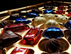 chocolate-lindt-box-wallpaper- public domain
